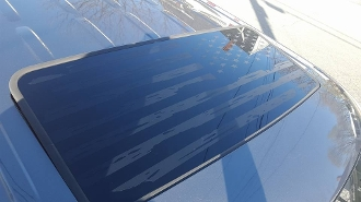 CHRYSLER 300C & SRT 8 2005-2010 SUNROOF DISTRESSED FLAG DECAL